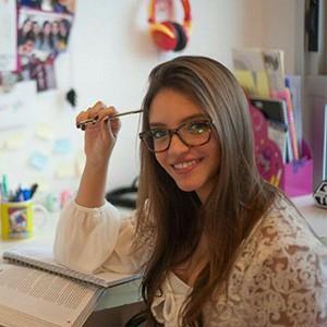 Debora Aladim - Prêmio Influency.me